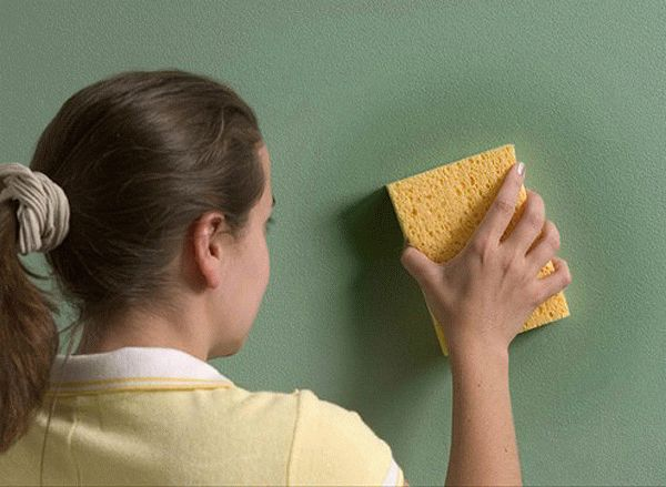Как быстро избавиться от запаха краски в квартире после покраски