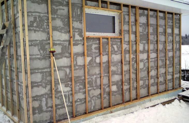 Как крепить сайдинг на стену. Технология монтажа