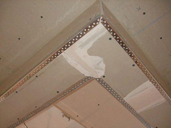 Как выполнить шпаклевку потолка своими руками