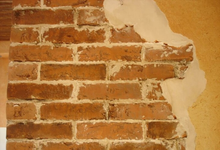 Рекомендации и способы, чем лучше штукатурить стены из кирпича