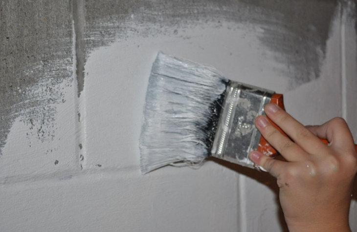 Резиновая и полиуретановая краска по бетону для наружных работ износостойкая