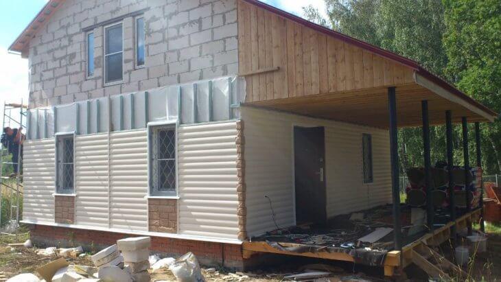 Сайдинг блок хаус: акриловый, виниловый, металлический