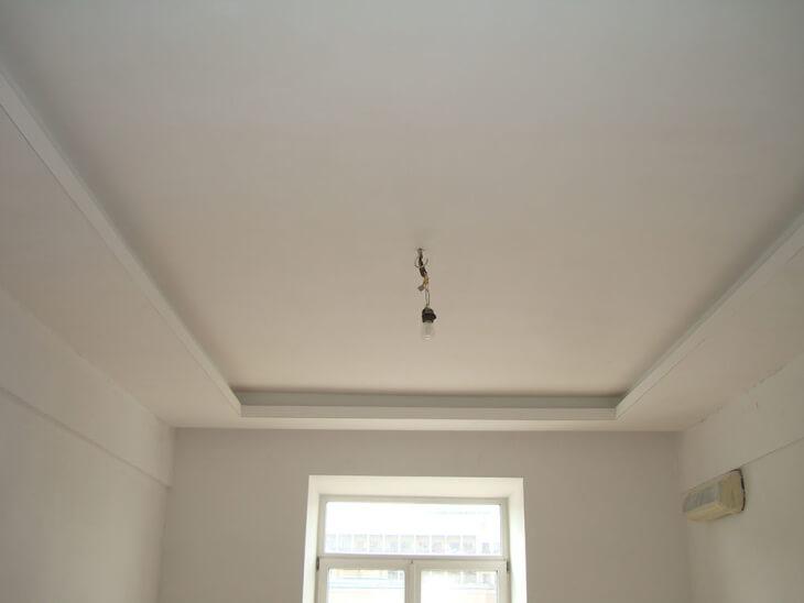 Самостоятельная шпатлевка потолка для начинающих осваивать профессию штукатура