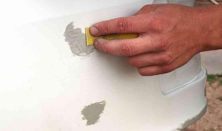 Шпаклевка для пластика поможет отремонтировать разрушенные детали