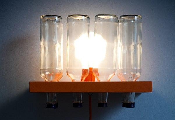 Светильник из бутылок
