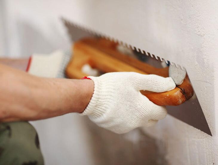 Универсальная и специальная полимерная шпаклевка для ремонта дома и автомобиля