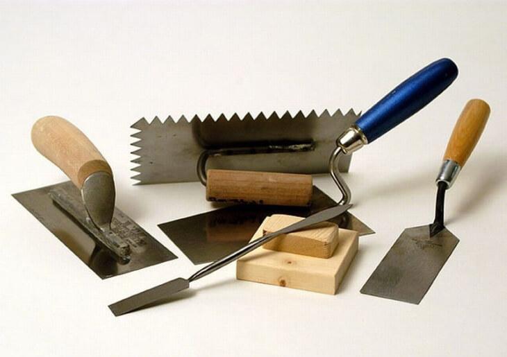 Выбираем инструменты для штукатурных работ и упрощаем этим задачу