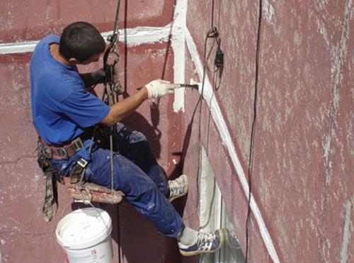Как решить проблему негерметичных швов в панельных домах?