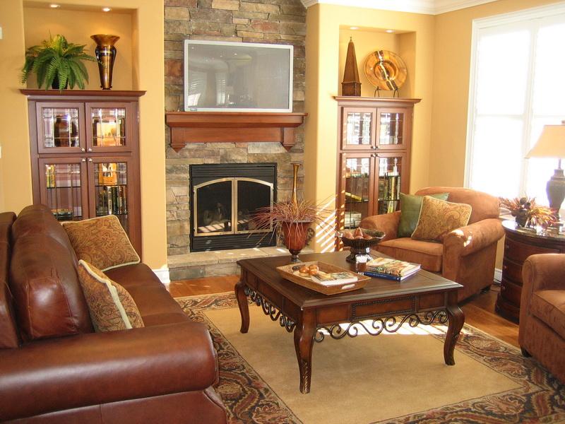 Теплый интерьер гостиной